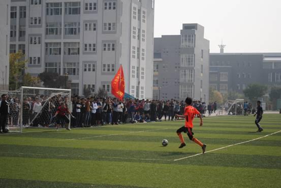 管理系在太原师范学院2017年校园足球(七人制)比赛中成功卫冕